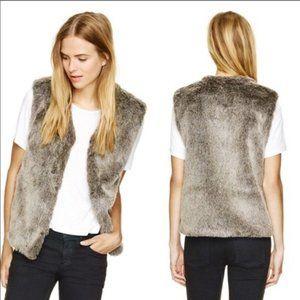 Aritzia Talula faux fur vest small park slope